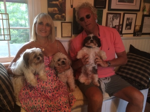 Pearl (far left ) with her sister Vida (both on Mom's lap) and her brother Bruno (on Dad's lap.